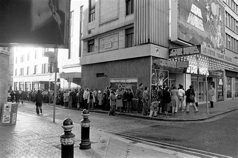 Queue The Photos by 10 Vintage Photos Show Wars Fans Lining Up At The