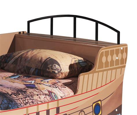 Bett Mit Ablage Am Kopfende by Piratenschiff Als Bett Mit Lattenrost F 252 R Kinder Kaufen