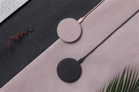 drop wireless charger   iphone  qi compatible