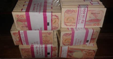 1 Brut Atau 10 Gepok 100 Phinisi 1992 Barang Antik Gepokan 100 Rupiah Perahu Phinisi