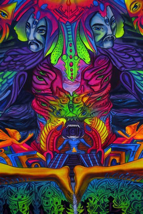 Painting With Light blacklight painting meditating alien world crafts