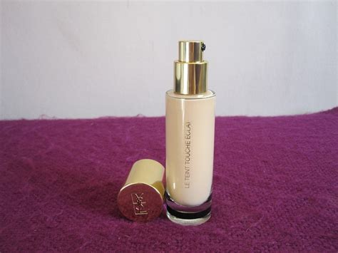 Ysl Touch Foundation by Yves Laurent Le Teint Touche Eclat Foundation