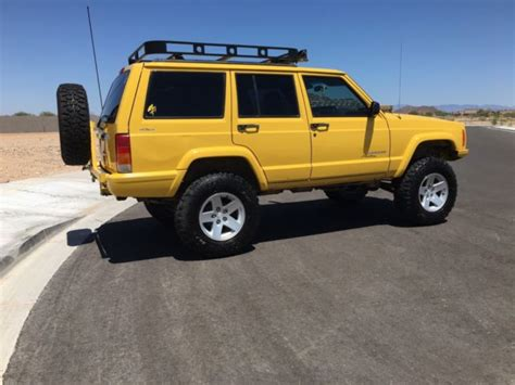 jeep cherokee yellow 1j4ff48s7yl207933 2000 jeep cherokee rust free arizona