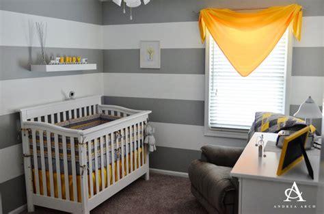 chambre bebe grise deco chambre bebe garcon jaune et gris
