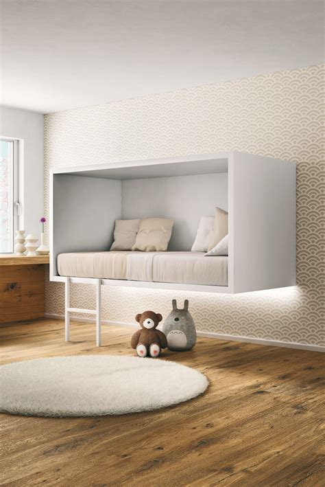 un lit en hauteur pour la chambre d enfant http www m
