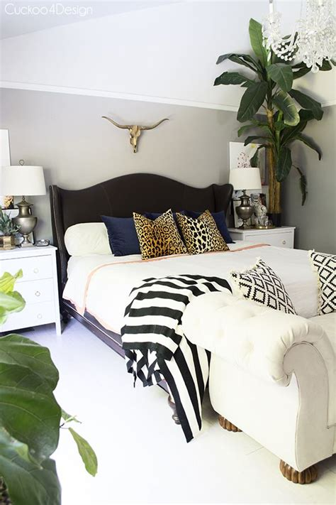 leopard bedroom decor decor zebra bedrooms ideas on pinterest pink cheetah print