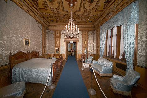 hoteles interior castellon file castello miramare interior 2009 09 jpg wikimedia