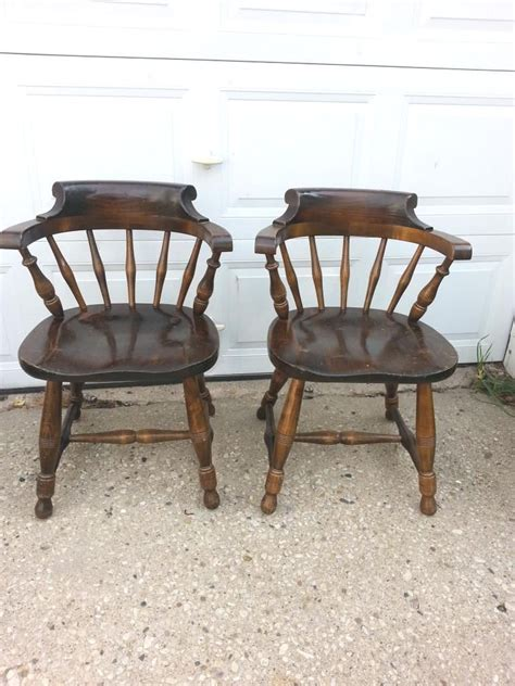 Captains Chairs Dining Room by 2 Pennsylvania House Captain Chairs Dining Room Windstor Back