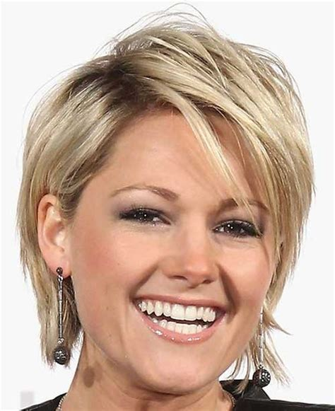 medium hairstyles for fine hair going out 30 layered haircuts for short hair short hairstyles