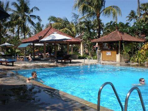 kuta puri bungalows pool picture of kuta puri bungalows kuta tripadvisor