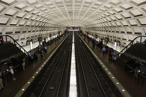 Fare Evasion Criminal Record Dc Council Considers Decriminalizing Metro Fare Evasion