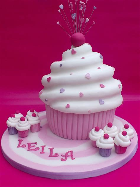 giant cupcake novelty birthday cake susies cakes