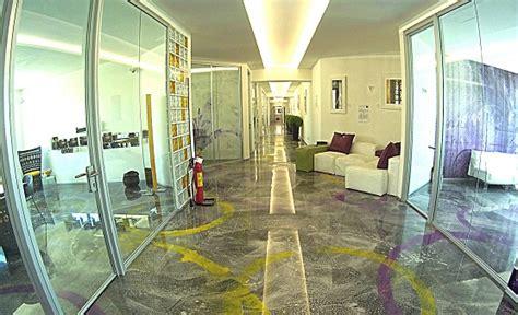 pavimenti in resina artistici pavimento in resina e rivestimenti in resina e