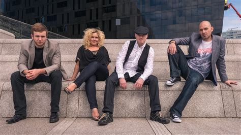Wedding Entourage Song List by Entourage Wedding Band For Hire From Wirral Merseyside