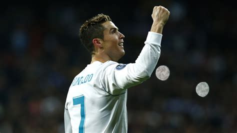 ronaldo juventus introduction fortune favours brave zidane but psg s collapse puts emery s at risk goal