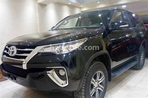 Fortuner Black fortuner toyota 2018 heliopolis black 1577638 car for