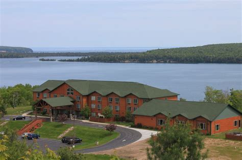 Pictured Rocks Mi Cabins by Book Inn Express Munising Lakeview Munising