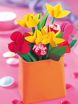 tischdeko papierblumen papierblumen als tischdeko f 252 r den fr 252 hling 3d paper