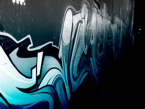 wallpaper graffiti blue download the wavy blue graffiti wallpaper wavy blue
