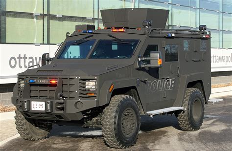 police armored vehicles armour1 jpg canada com