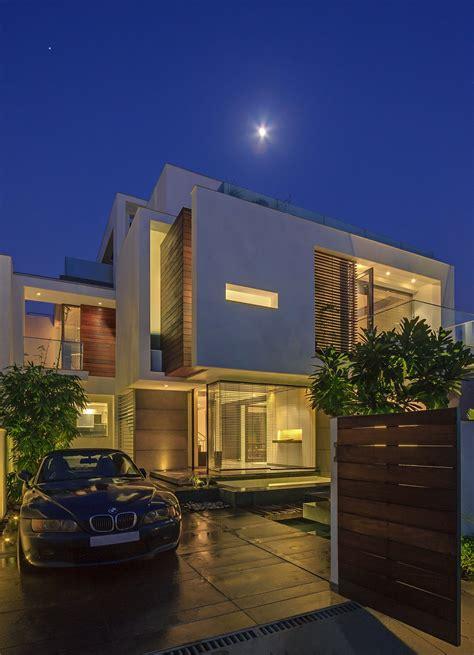 house design in delhi dadaistic house in new delhi