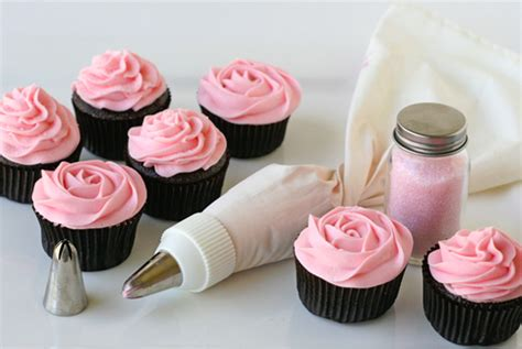 icing decorations frosting swirl decoration in inspiration and ideas of