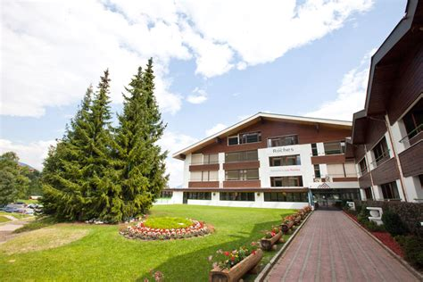Roche Mba by Master Degree In Hotel Management Cuses Les Roches