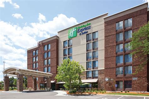 express inn inn express hotel suites hotels in bloomington mn