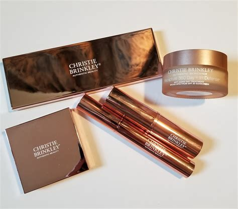 Powder Ms Glow By Cantikskincare review swatches makeup trends 2018 2019 2020 christie brinkley sheer powder bronzer