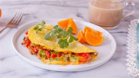cucinare omelette add milk to omelette