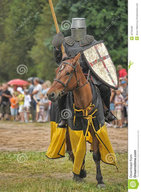 couched lance medieval knights lances www pixshark com images