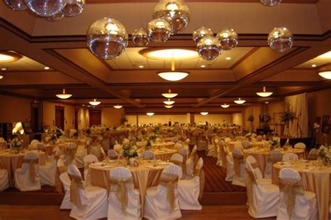 Holiday Inn Minot (Riverside)   Minot, ND   Wedding Venue