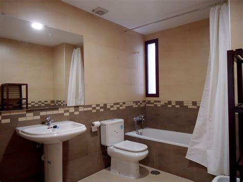 piso nueva construccion de  dormitorios   banos amueblado  estrenar alquiler pisos granada