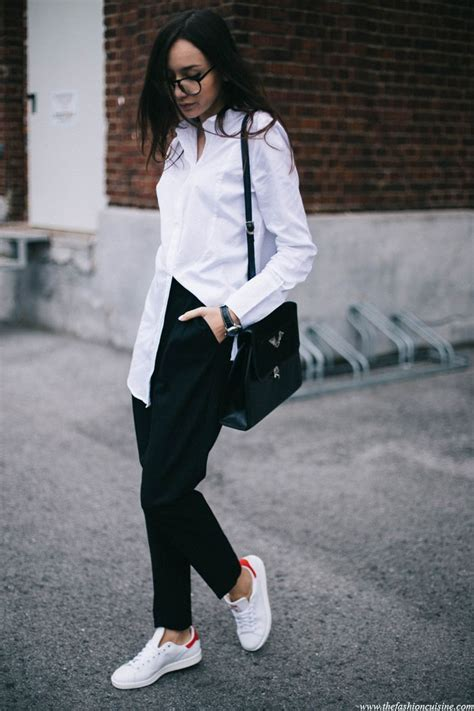 minimal outfit  red adidas stan smith stan smith