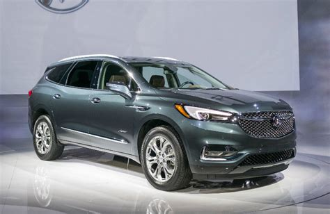 friendly buick 2018 buick enclave avenir luxury features