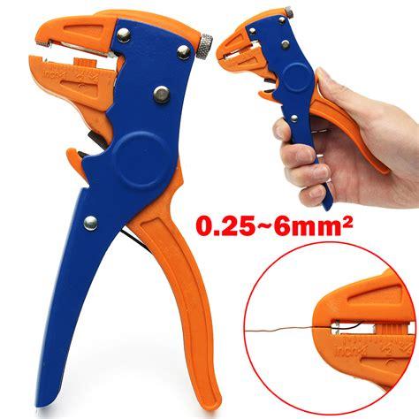 Micro Voltmeter 25 30v Dc 028 2 Wire Volt Meter Digital Merah 813 0 28 inch 2 5v 30v mini digital voltmeter voltage tester meter blue colour shopping