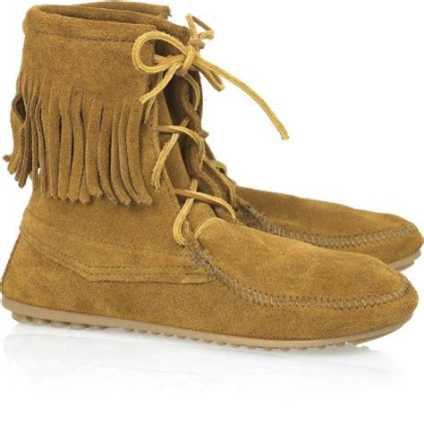 minnetonka trer ankle hi moccasin ankle boots in brown