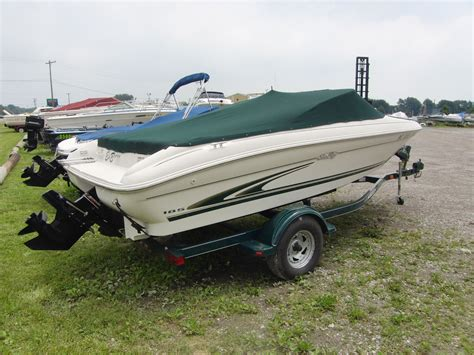 sea ray boats bowrider sea ray 185 bowrider 1999 for sale for 1 000 boats from