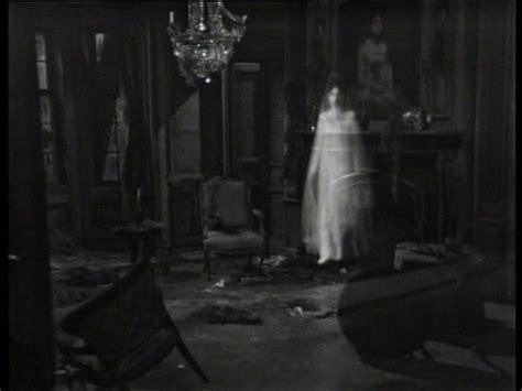 Is My Bedroom Haunted Quiz Josette Shadows Photo 8042659 Fanpop