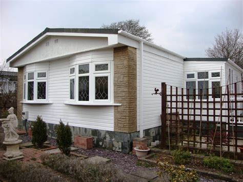 2 bedroom mobile home for sale in grove road summer