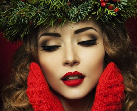 amazing christmas makeup inspirations for the party lovers