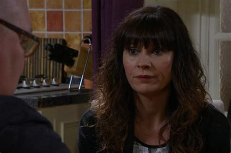 lucy pargeter emmerdale viewers will be shocked and emmerdale viewers urge chas dingle not to have abortion
