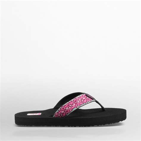 most comfortable flip flops with arch support 1000 ideas about teva flip flops on pinterest pink flip