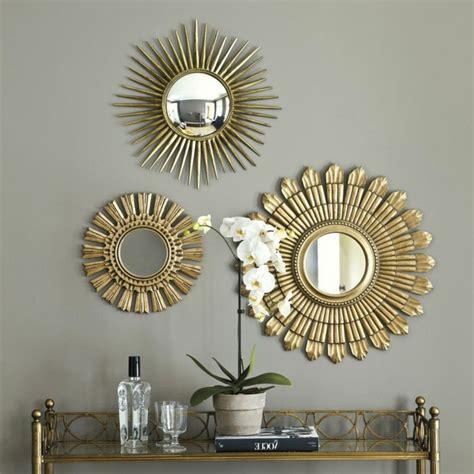 Plusieurs Miroirs Sur Un Mur by Le Miroir D 233 Coratif En 50 Photos Magnifiques