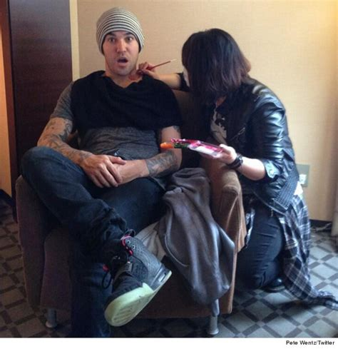 pete wentz tattoo show guess whose neck toofab