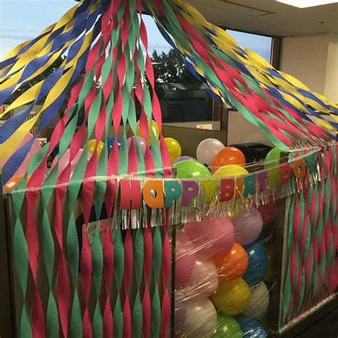 Birthday Decoration Ideas For Office Cubicles by Birthday Cubicle Decorations Pinteres