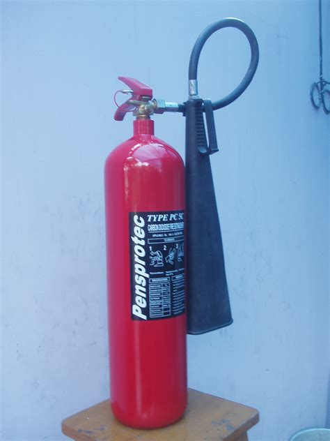 Alat Pemadam Api Ringan Co2 tabung pemadam api co2 pensprotec