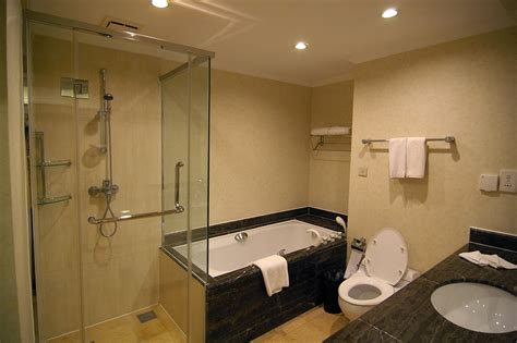 picture of a bathroom free stock photo 2473 bathroom suite freeimageslive