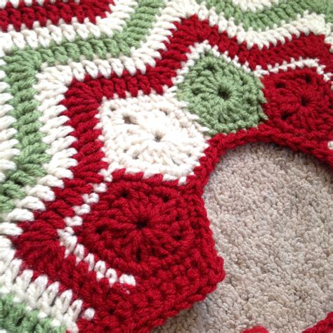 christmas tree skirt tree skirts patterns and crochet
