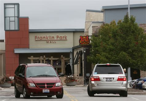 unescorted teens barred  franklin park mall  blade